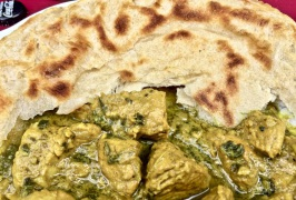 Pfannenbrot (Roti) mit Curry