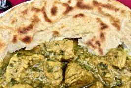 Pfannenbrot (Roti) mit Curry