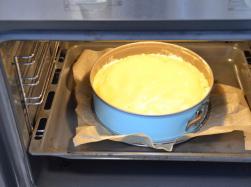 Kuchen bei 180°C etwa 45 Minuten backen